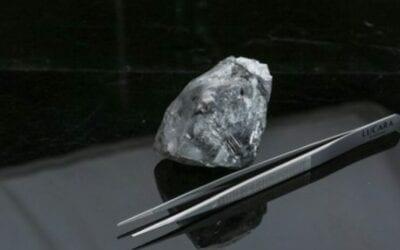 Lucara Recovers 998 Carat Diamond fom the Karowe Mine in Botswana